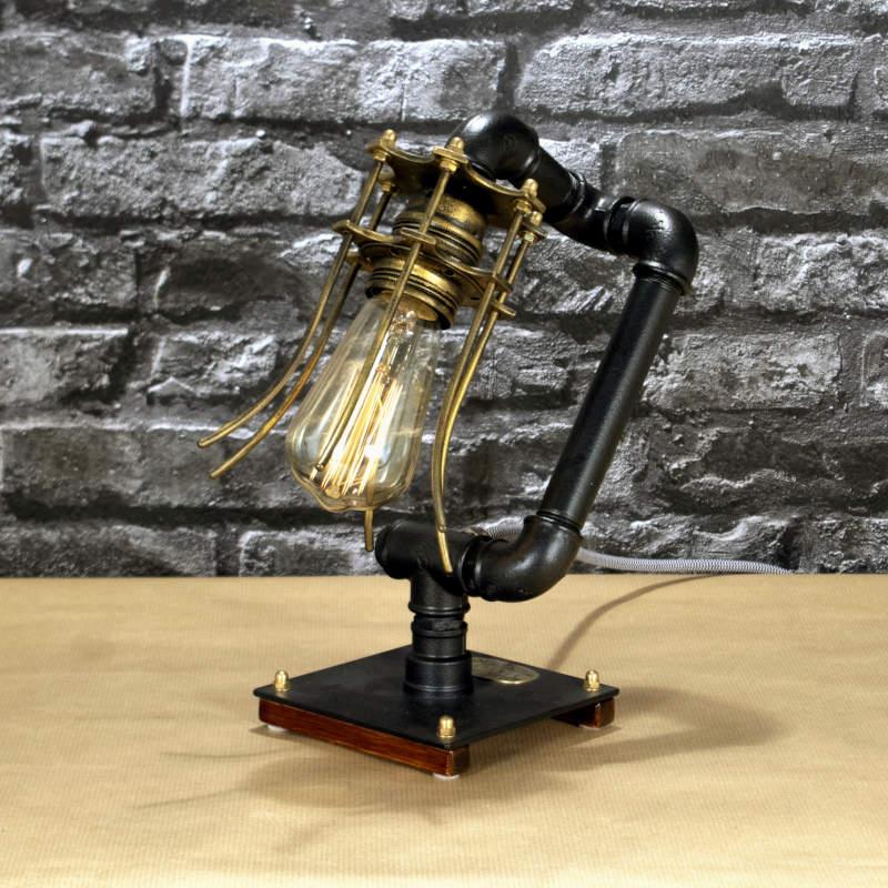 steampunk37_asztali_indusztriális_lampa_1